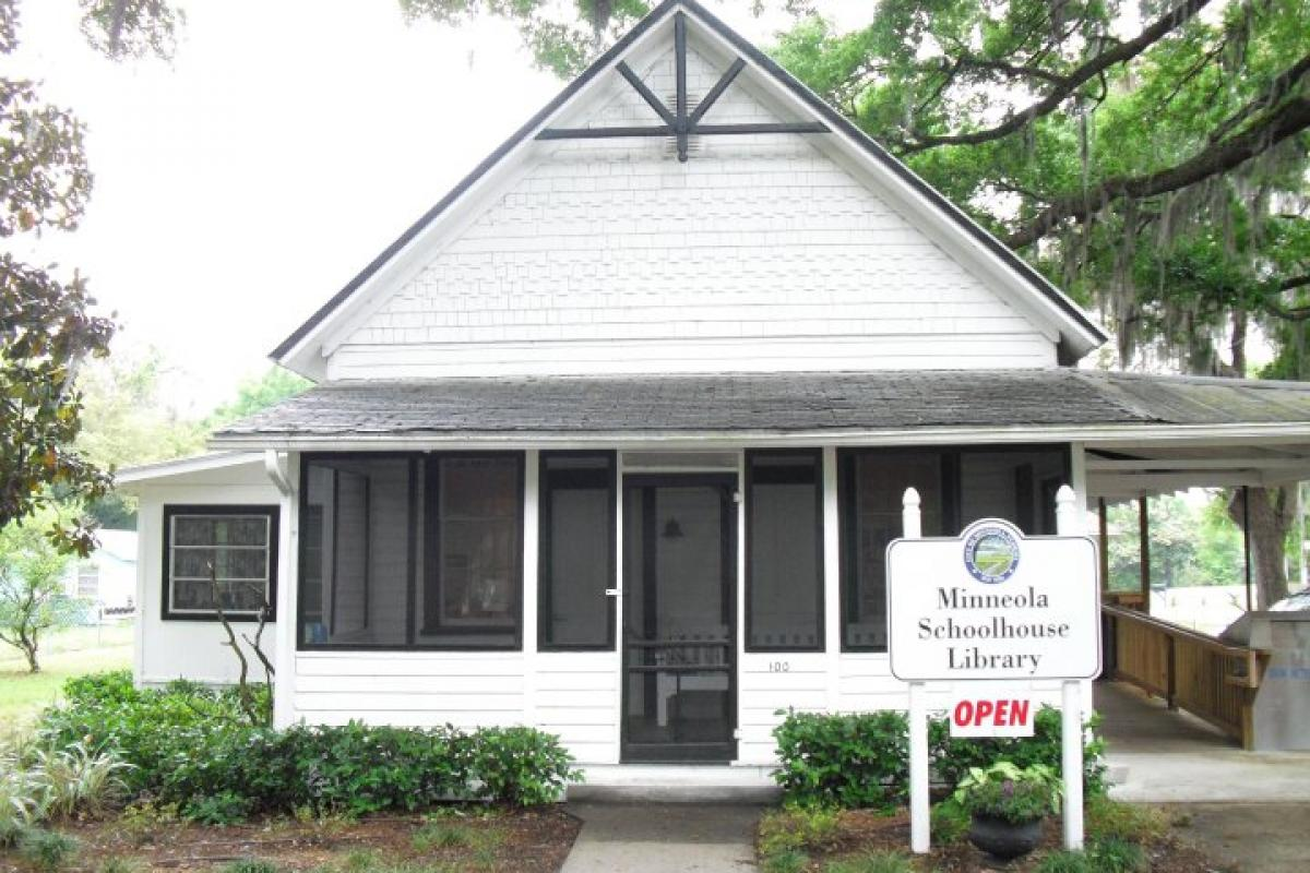 Front of Minneola Schoolhouse Library building
